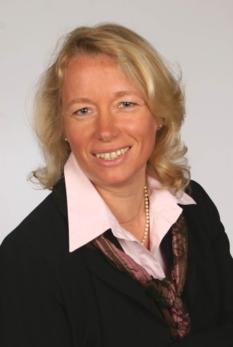 Frau B. Hink